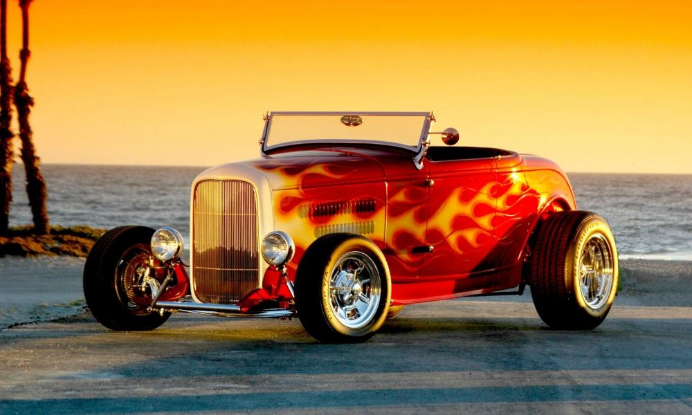 Auto antiguo tuneado - 1000x600
