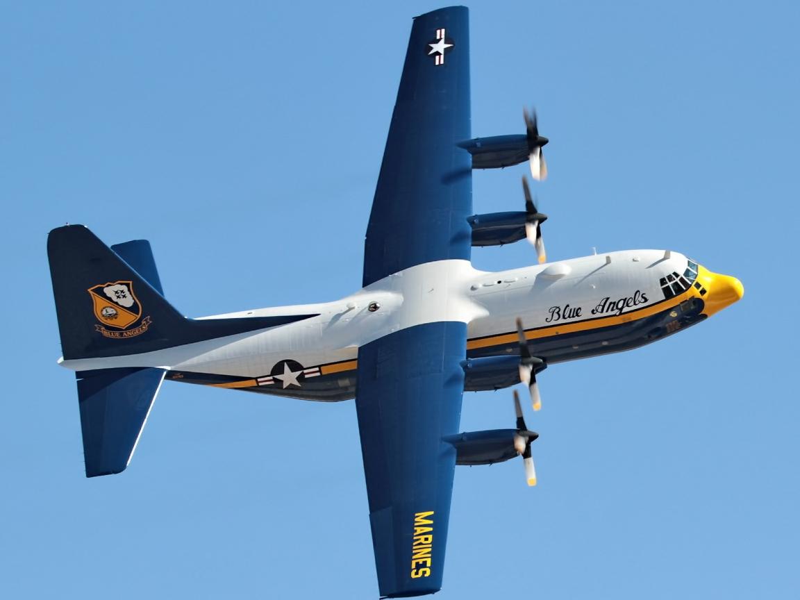Avión C130 de los marines - 1152x864