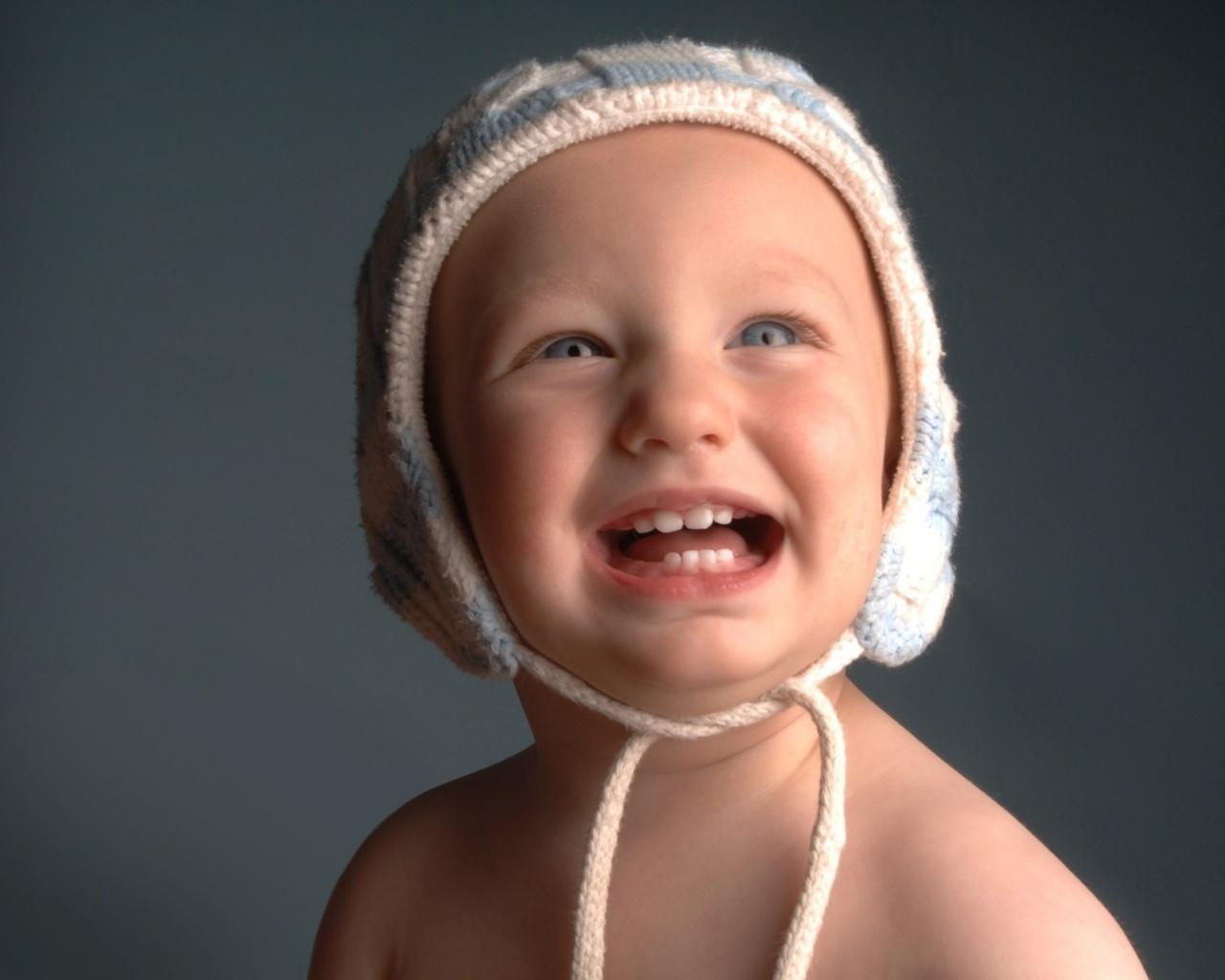 Ребенок по фото без смс