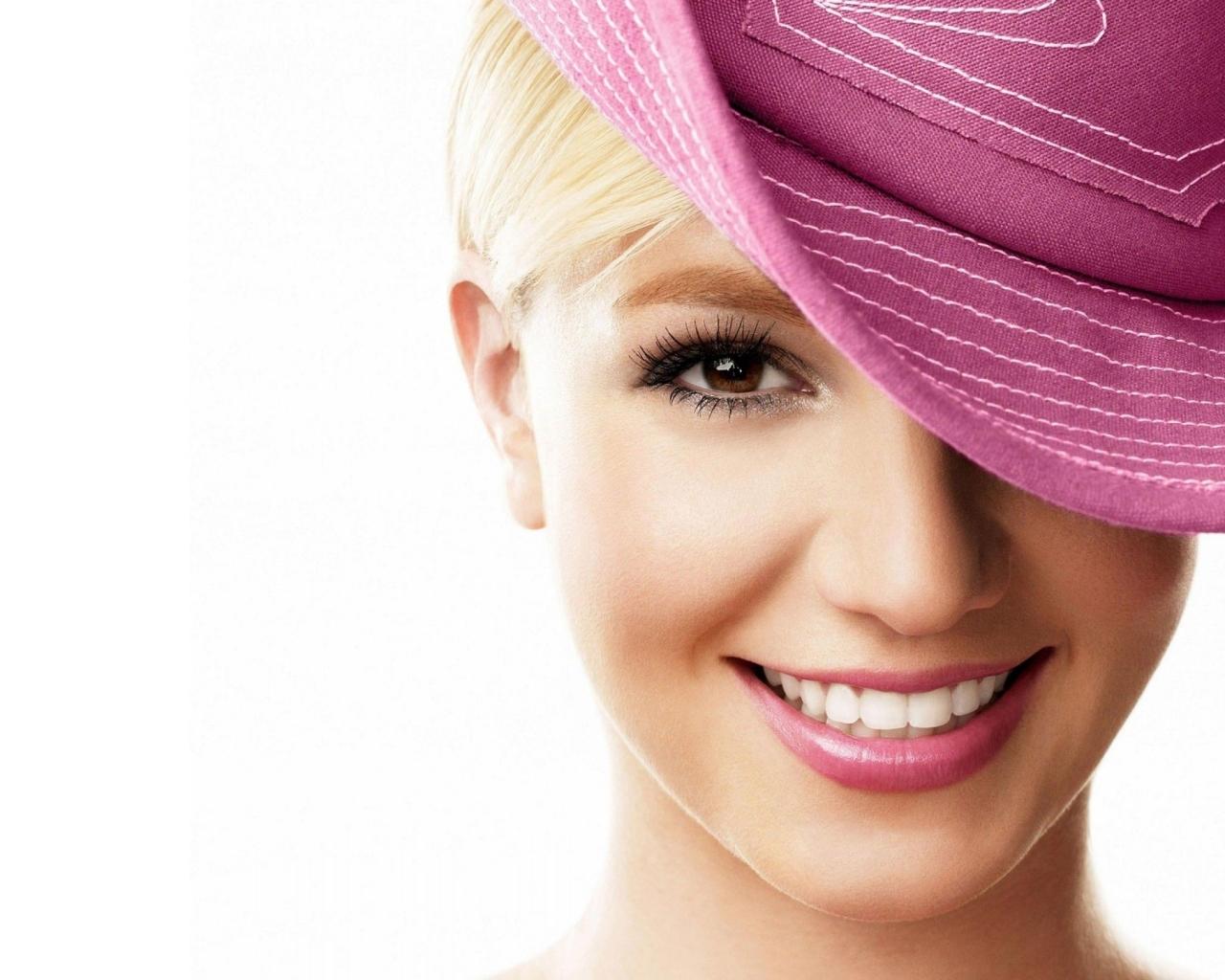 Britney Spears - 1280x1024