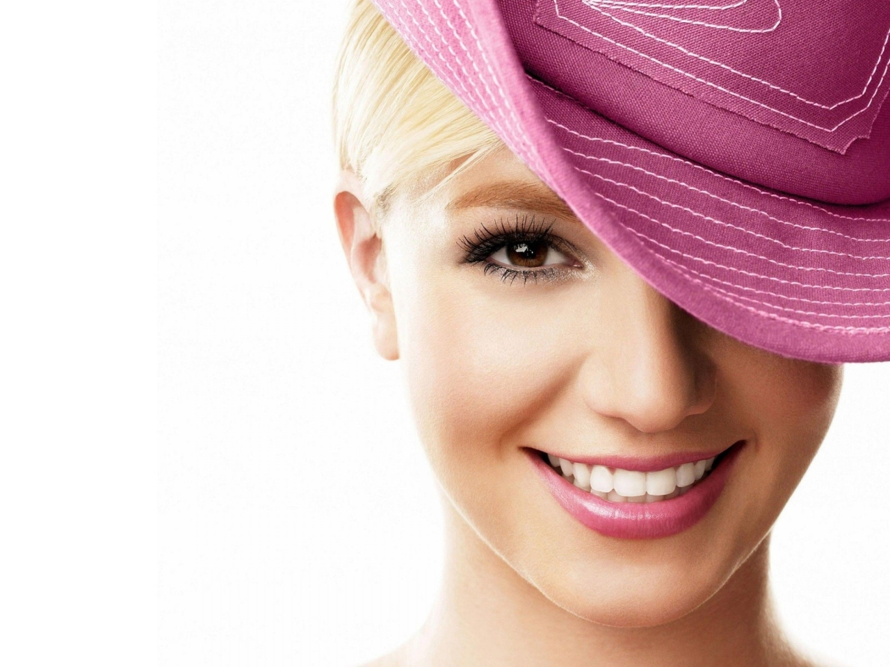 Britney Spears - 1280x960