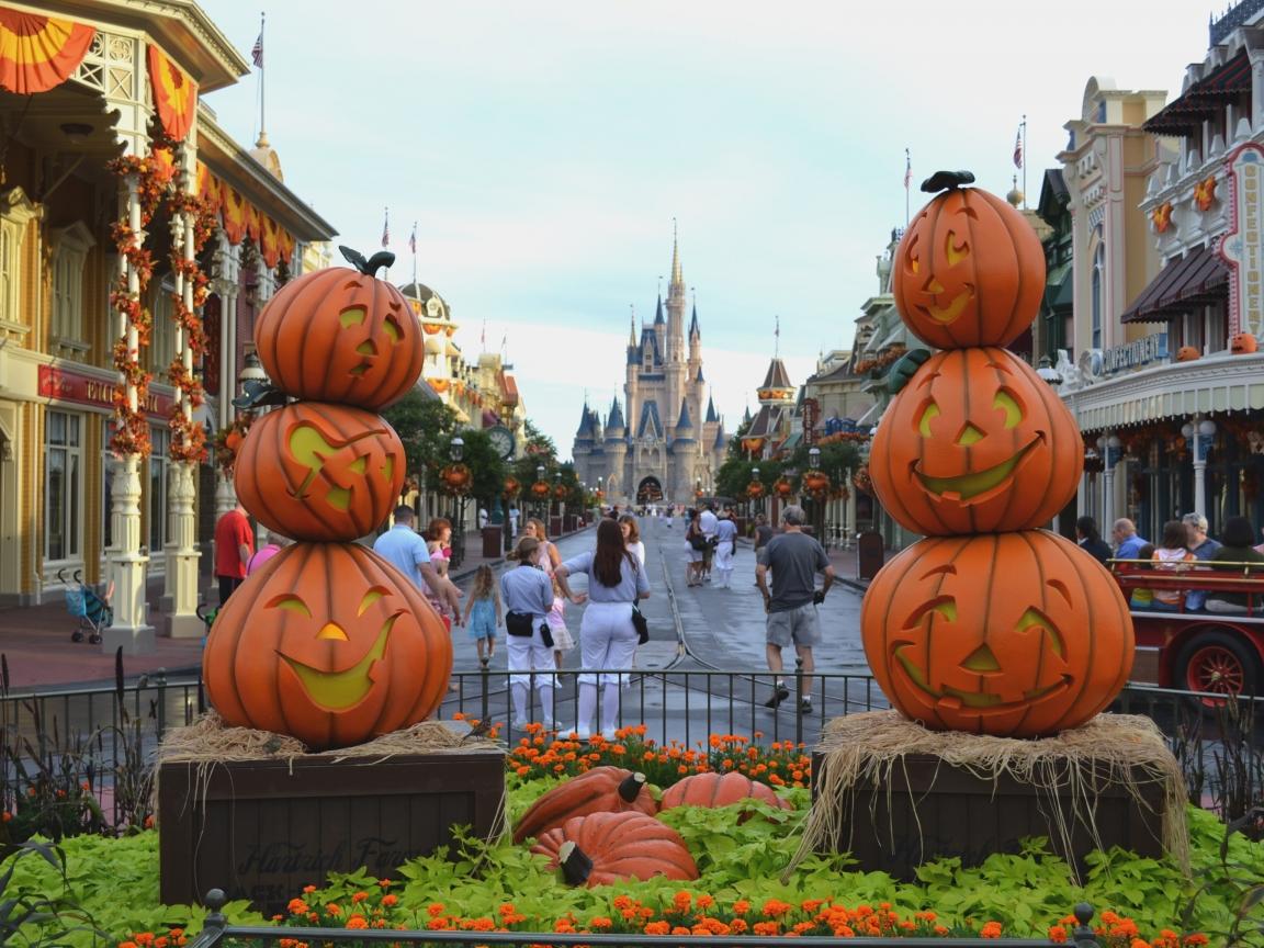 Calles decoradas por halloween - 1152x864