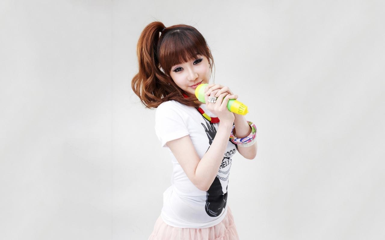 Chicas asiáticas de 2NE1 - 1280x800