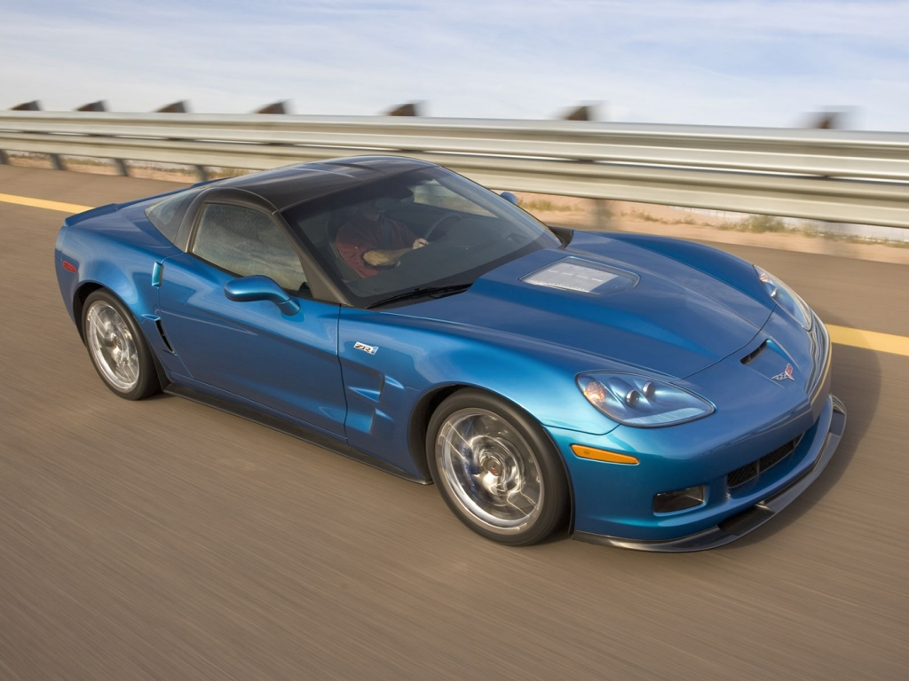 Chevrolet Corvette azul - 1024x768