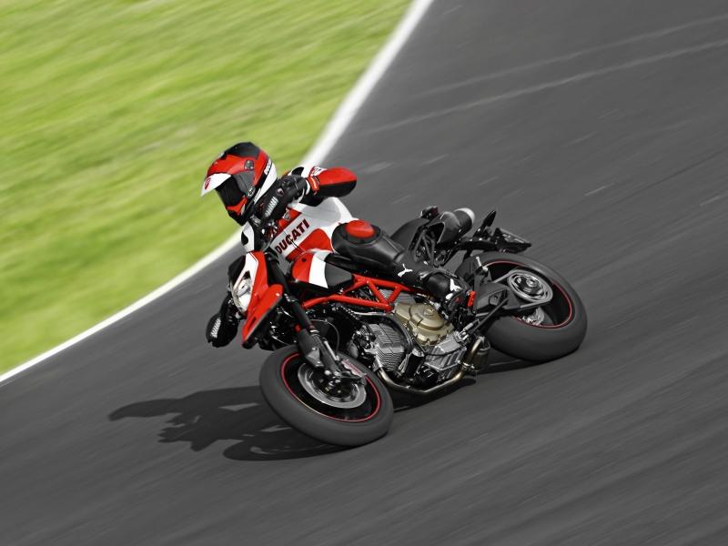 Ducati Hypermotard 1100 EVO - 800x600