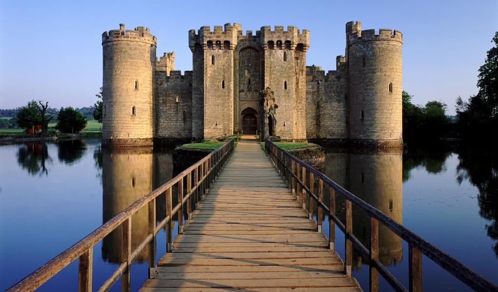 El castillo Bodia en Inglaterra - 1024x600