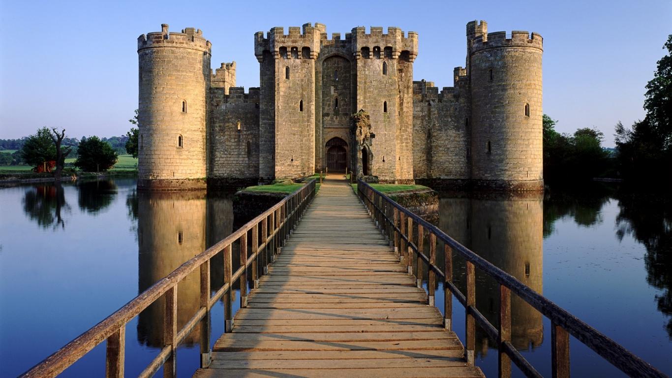 El castillo Bodia en Inglaterra - 1366x768
