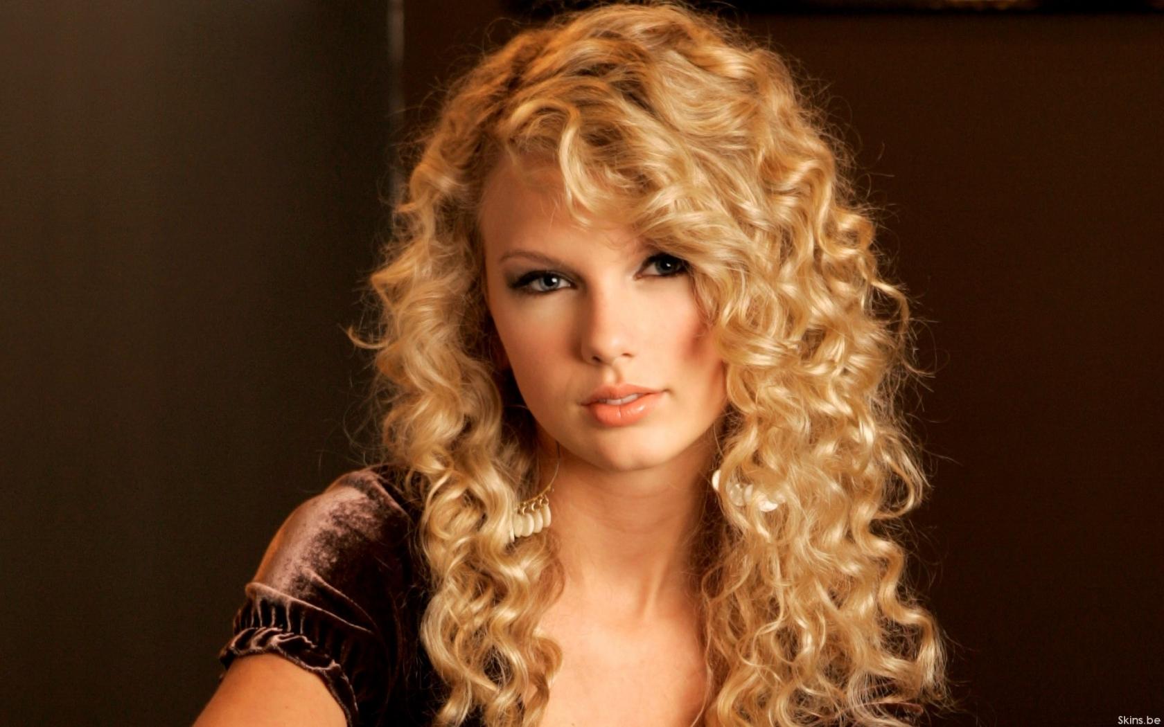 El rostro de Taylor Swift - 1680x1050