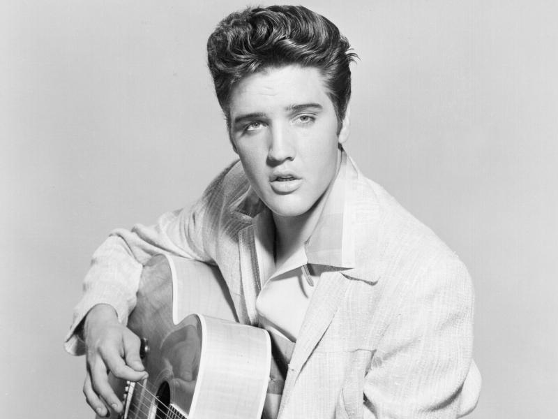 Elvis Presley - 800x600