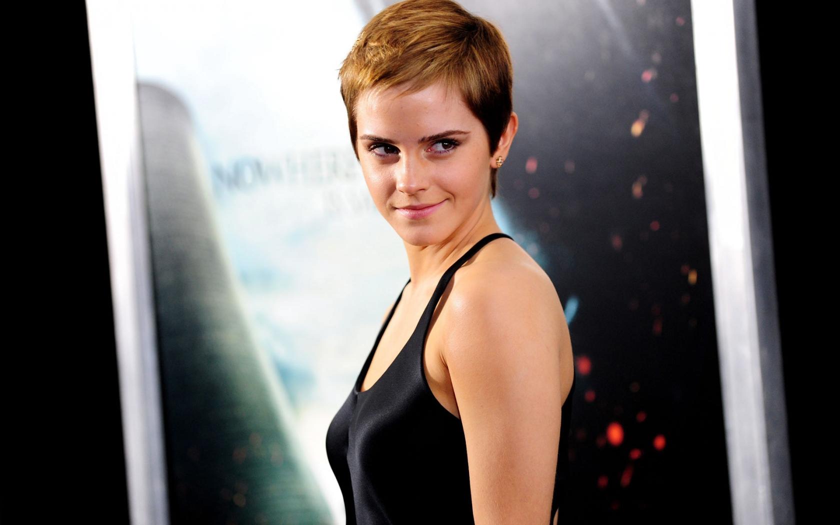 Emma Watson con cabello corto - 1680x1050