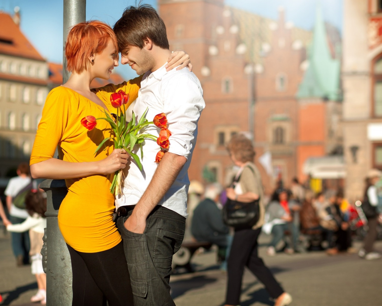 Enamorados felices - 1280x1024