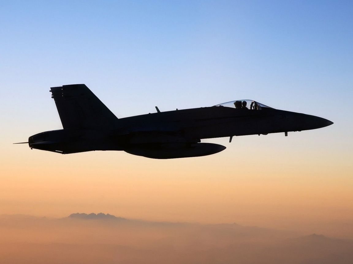FA-18 Hornet - 1152x864