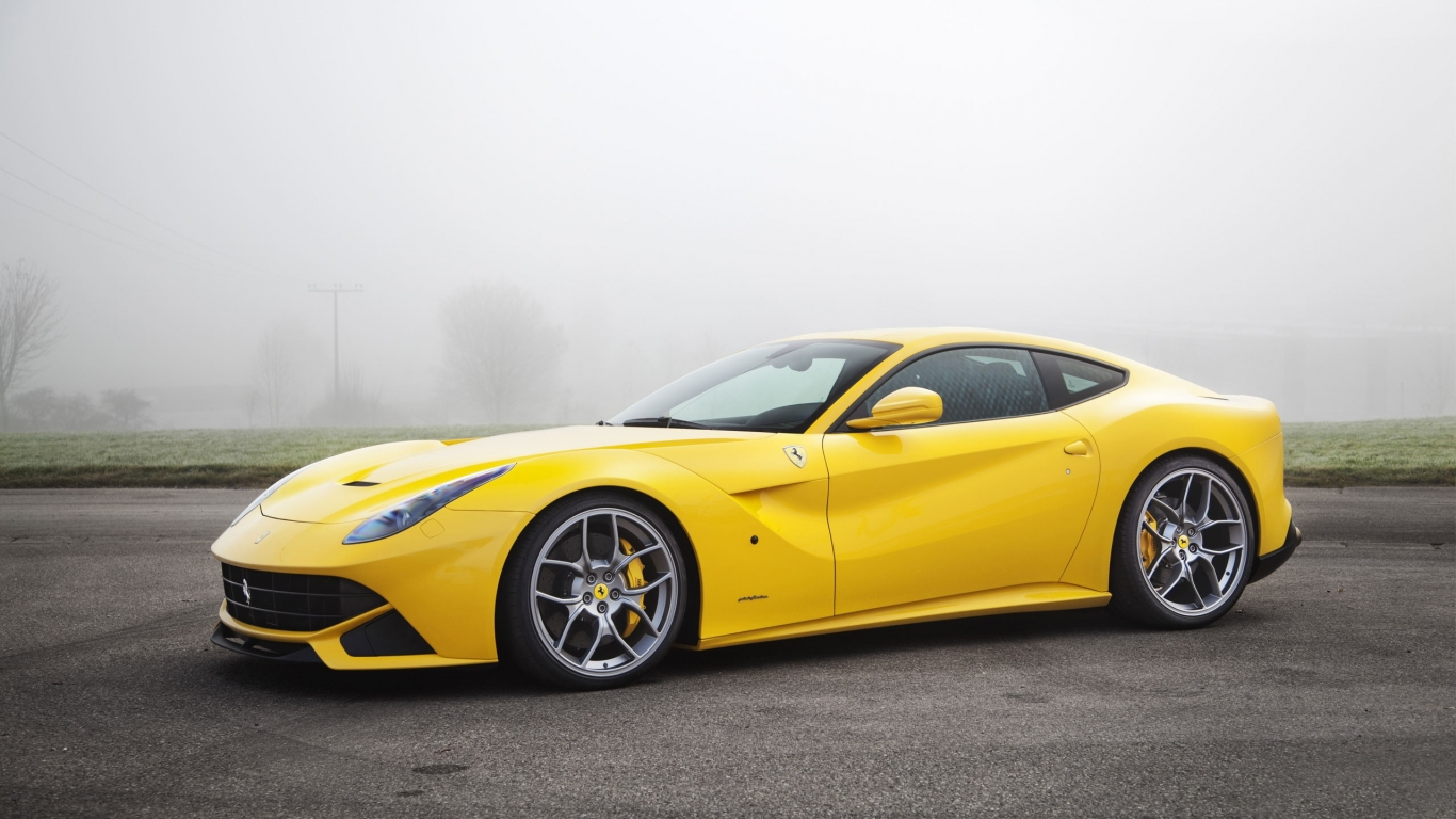 Ferrari amarillo - 1366x768