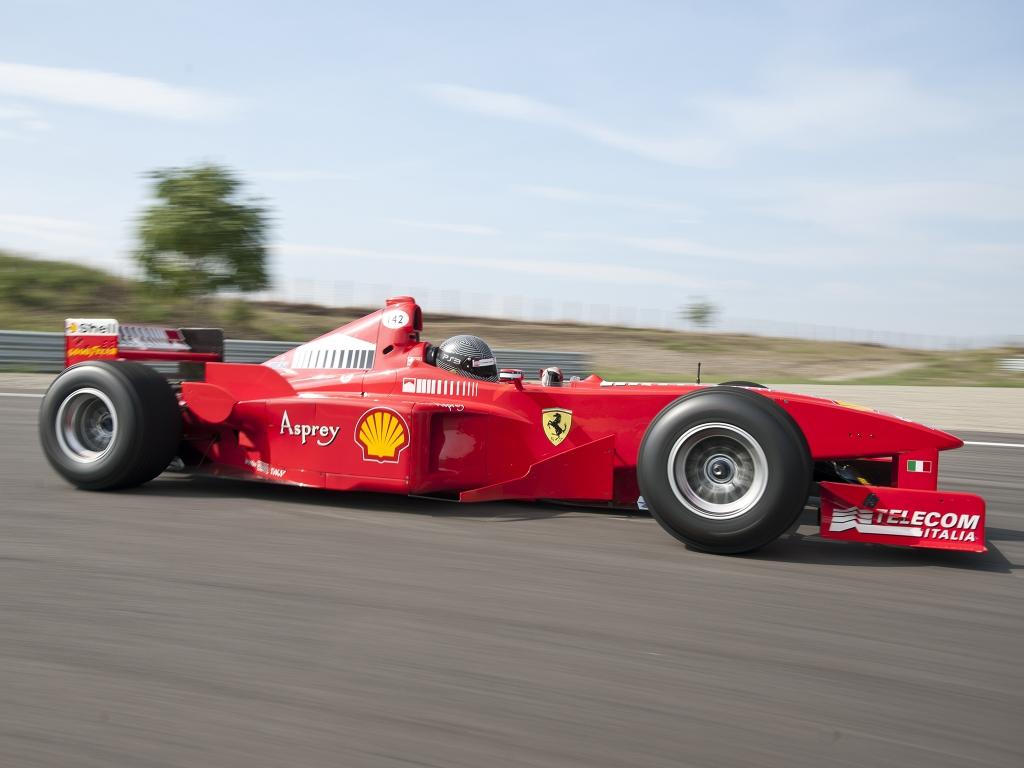 Ferrari F300 Formula 1 - 1024x768