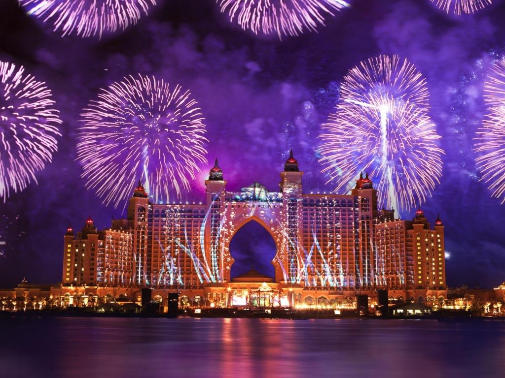 Fuegos Artificiales en Dubai - 1024x768
