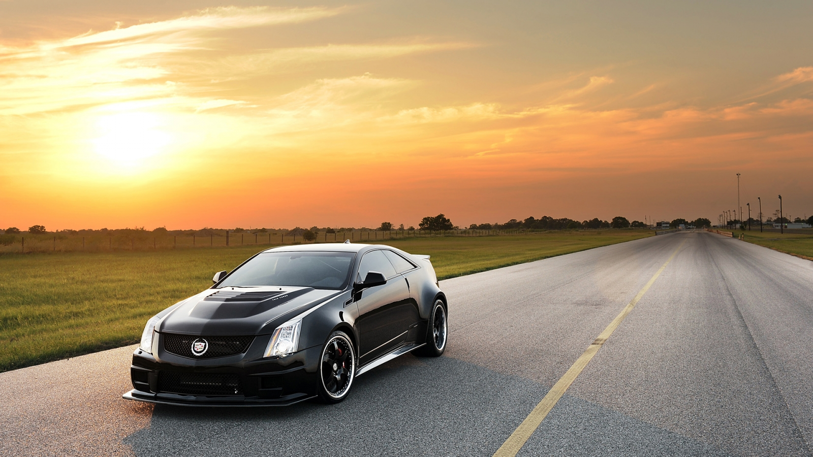 Hennessey Cadillac VR1200 - 1600x900