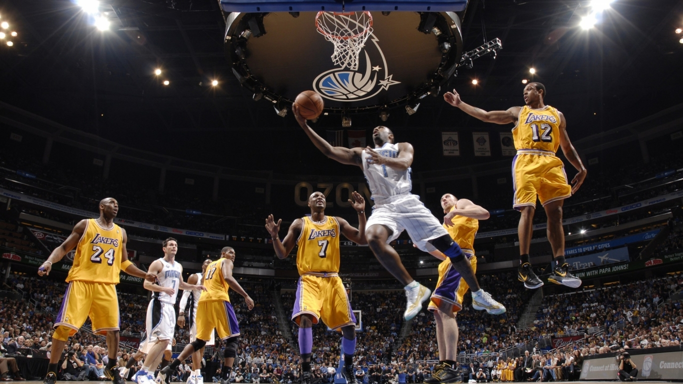 Jugada de NBA - 1366x768