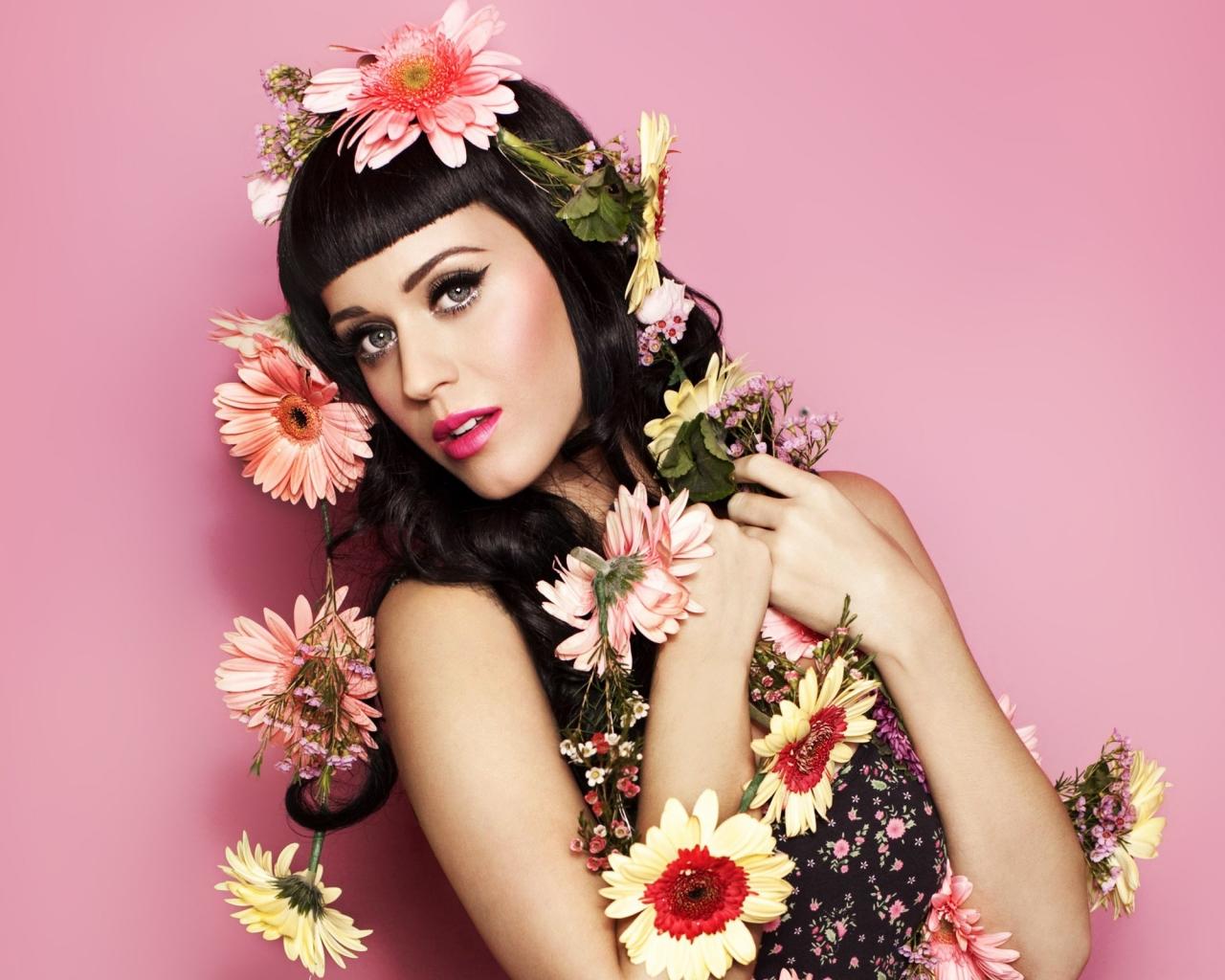 Katy Perry y bellas flores - 1280x1024