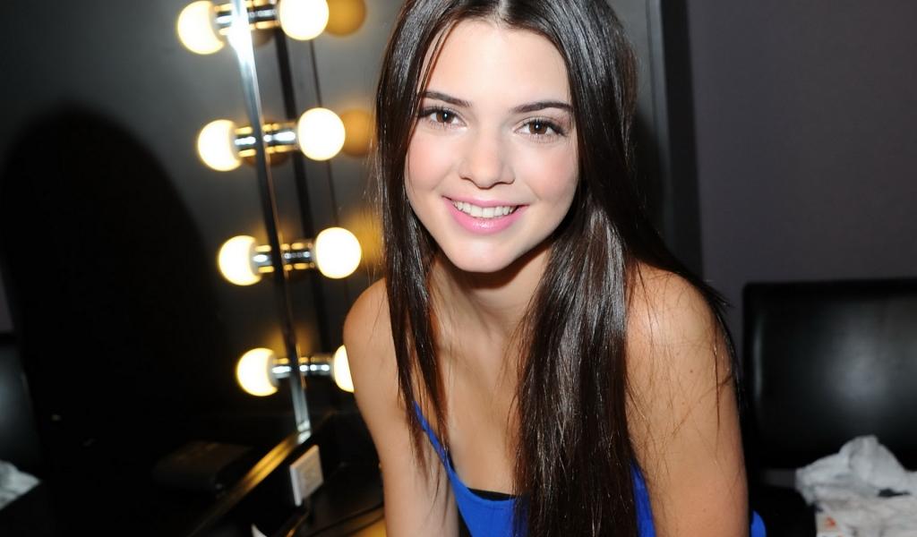 Kendall Jenner - 1024x600