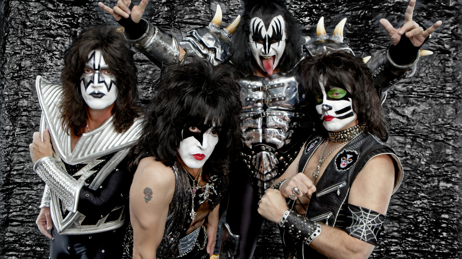 Kiss Heavy Metal - 1600x900