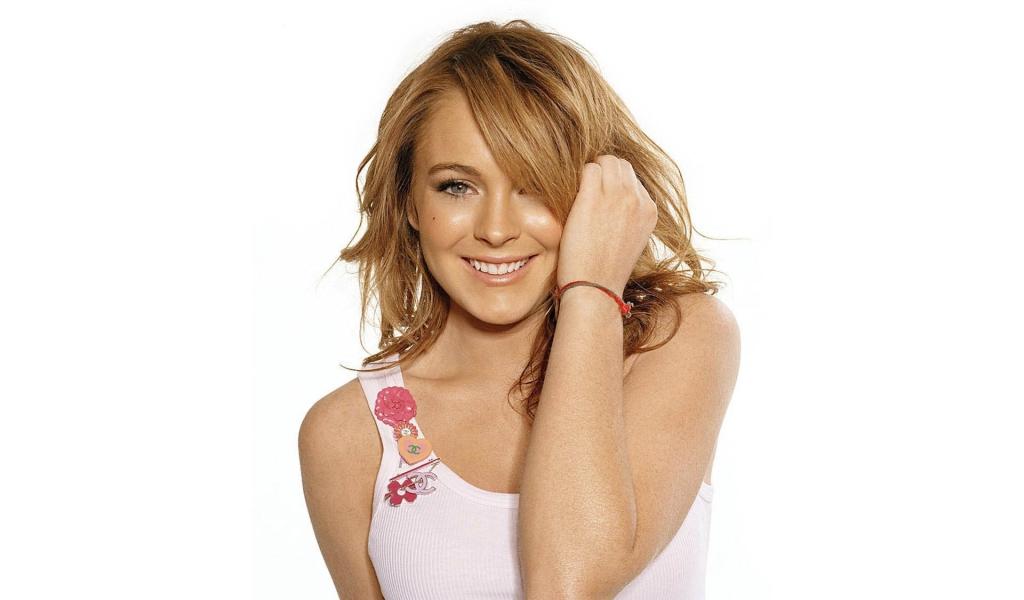 Lindsay Lohan - 1024x600