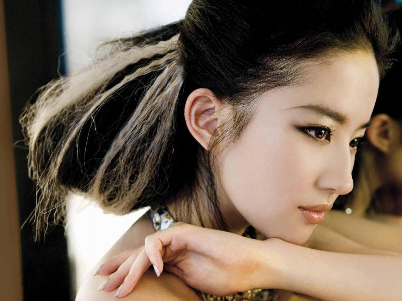 Liu Yifei - 1280x960