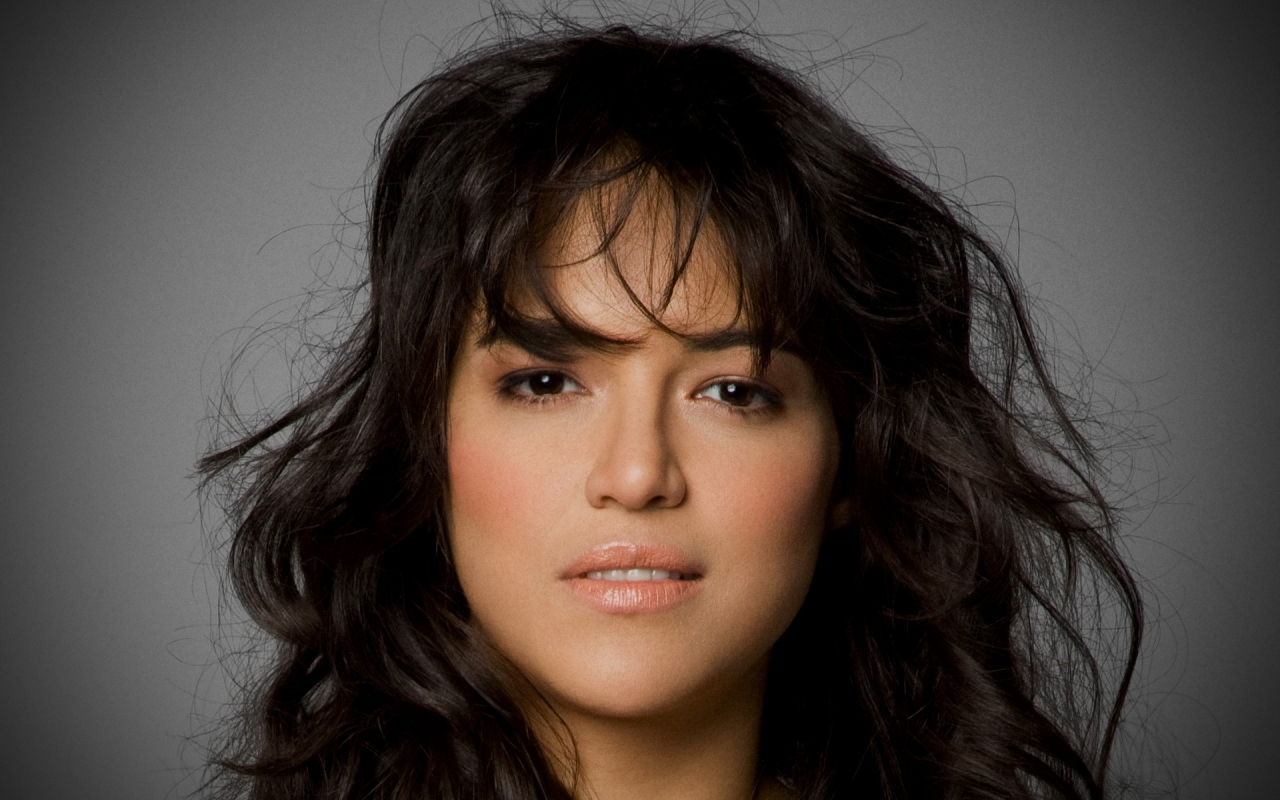 Michelle Rodriguez rostro - 1280x800