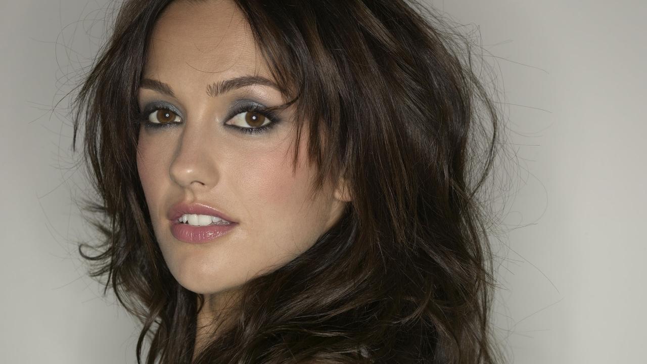 Minka Kelly maquillaje - 1280x720