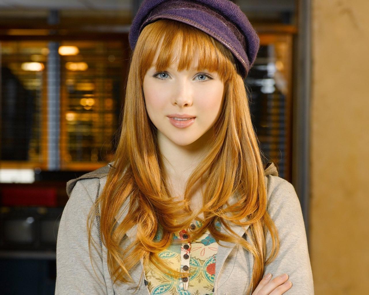 Molly Quinn - 1280x1024