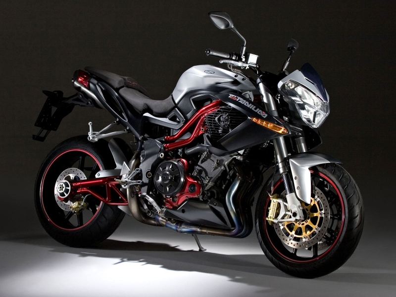 Moto Benelli - 800x600