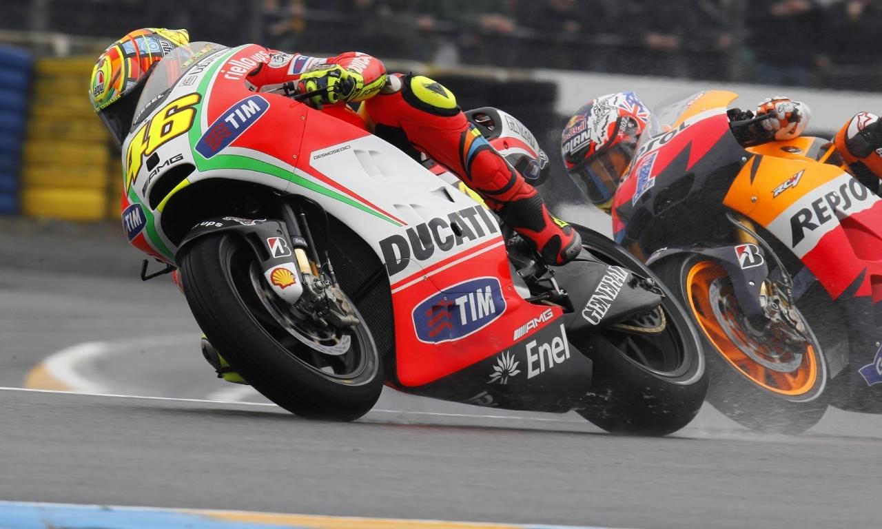 Moto Ducati VS Honda - 1280x768