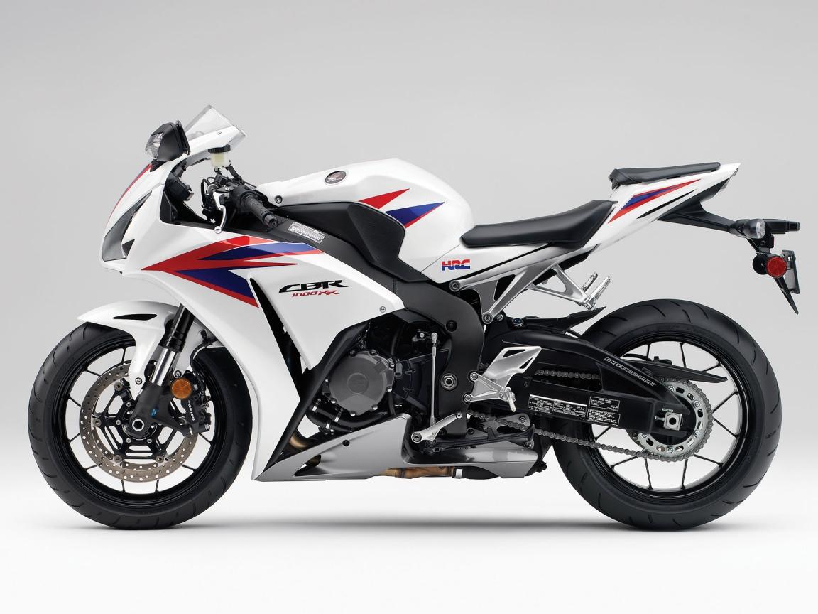 Moto Honda CBR1000RR - 1152x864