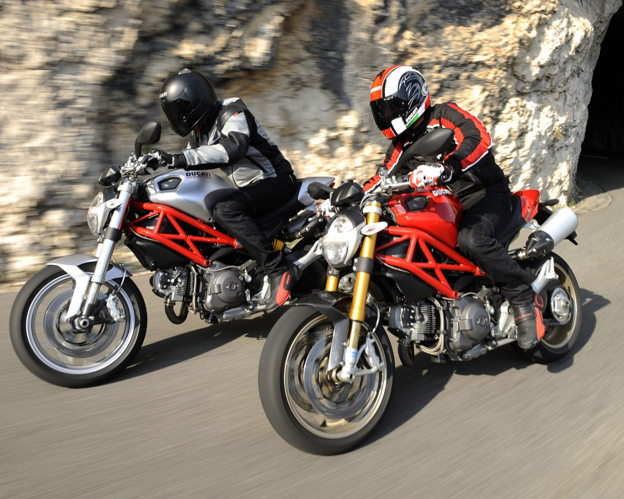 motos ducati monster hd 1280x1024 imagenes wallpapers