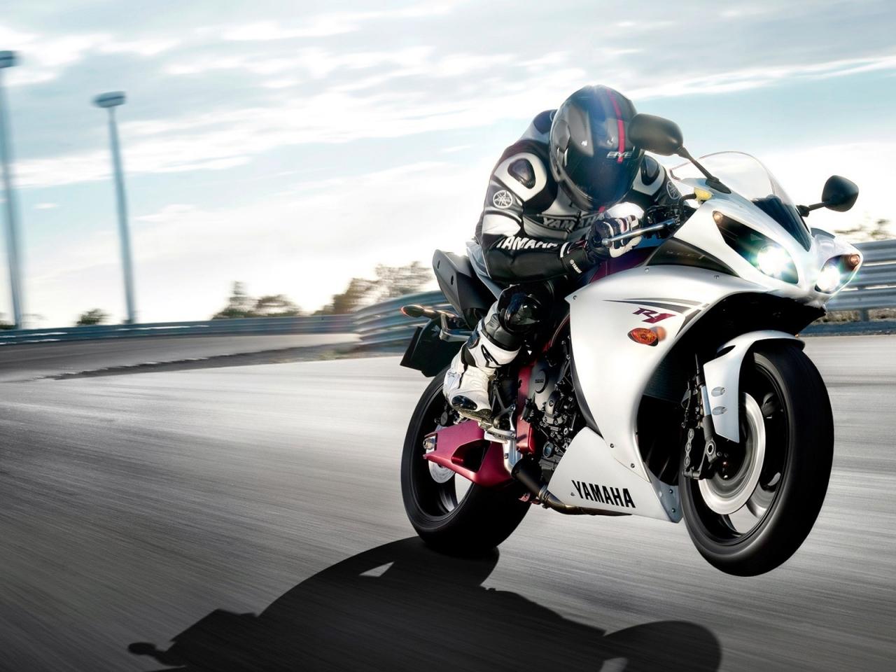 Motos Yamaha - 1280x960