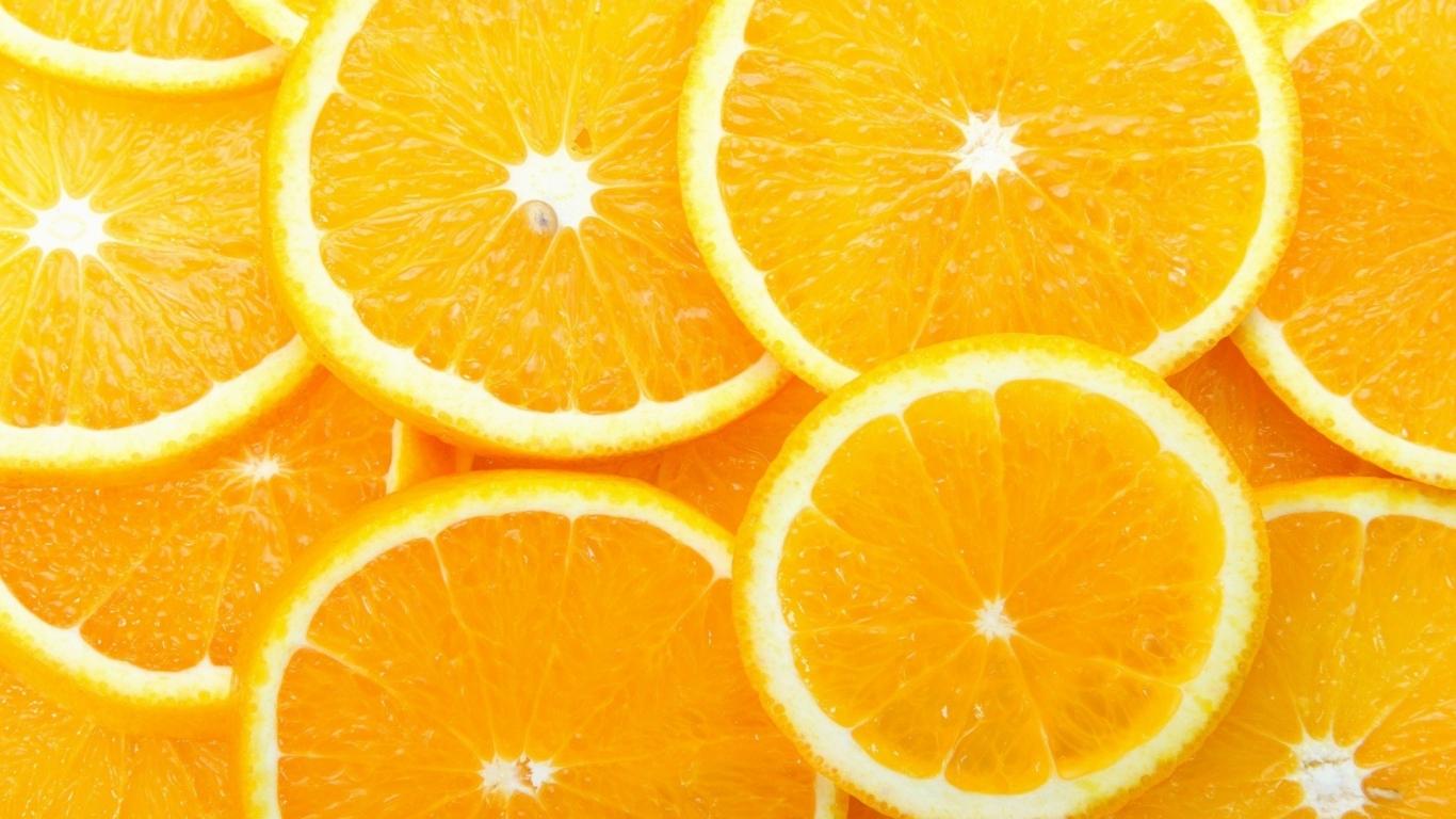 Naranjas partidas x la mitad - 1366x768