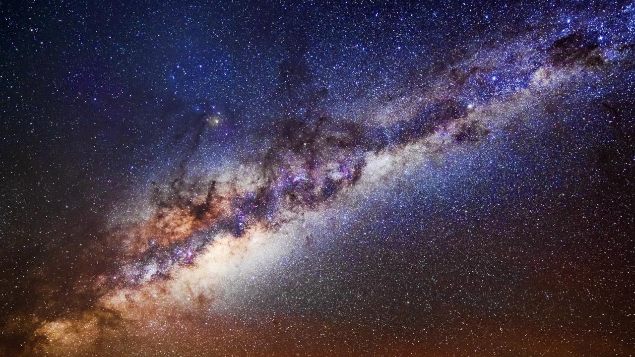 Nebulosas y el espacio - 1280x720
