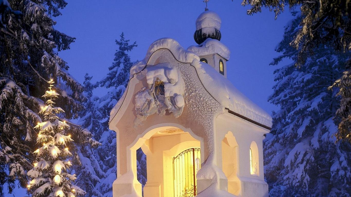 Pequeña capilla - 1366x768