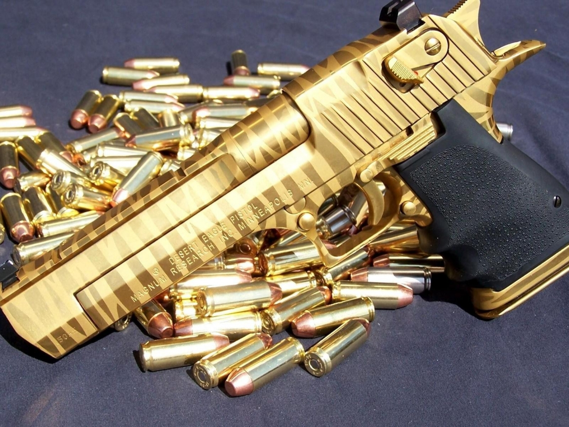 Pistola de Oro - 1152x864