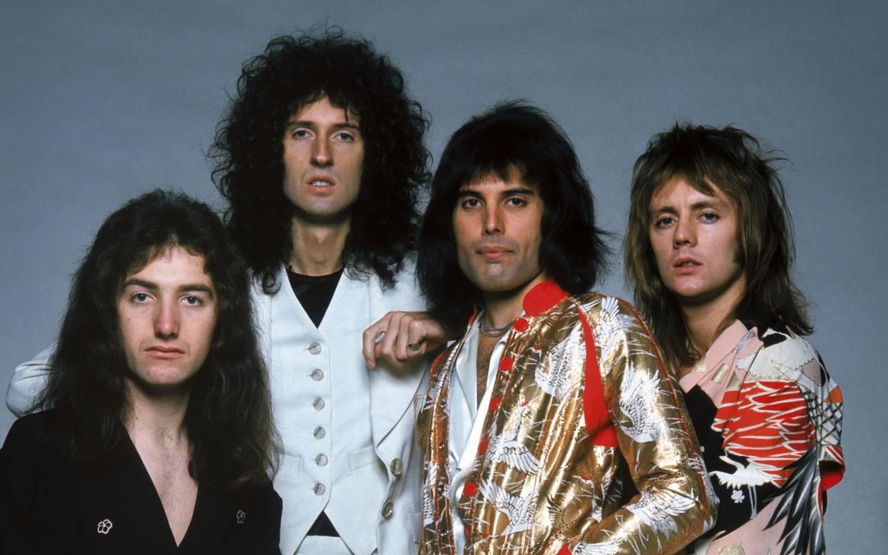 Queen Rock - 1280x800