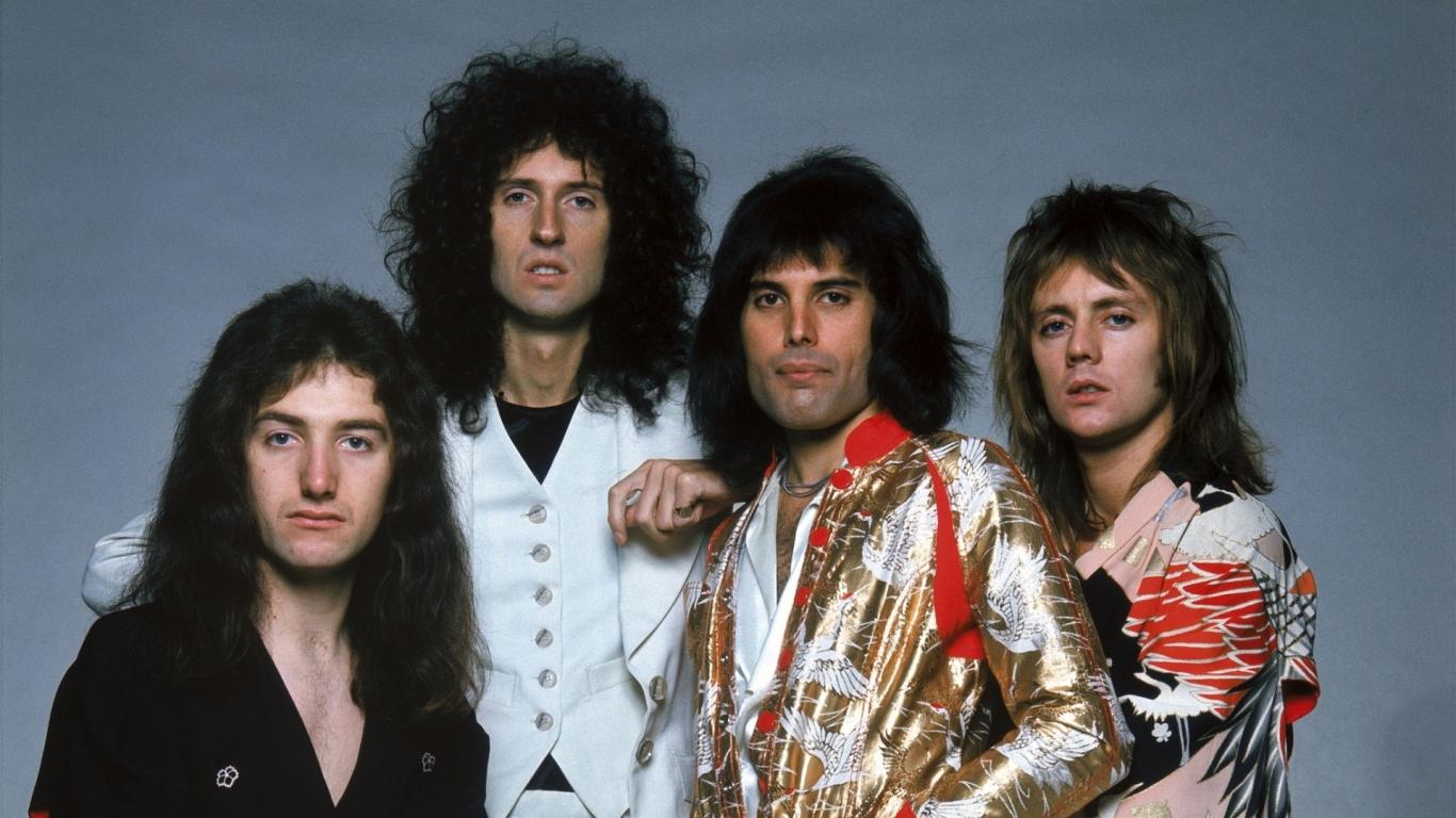 Queen Rock - 1366x768