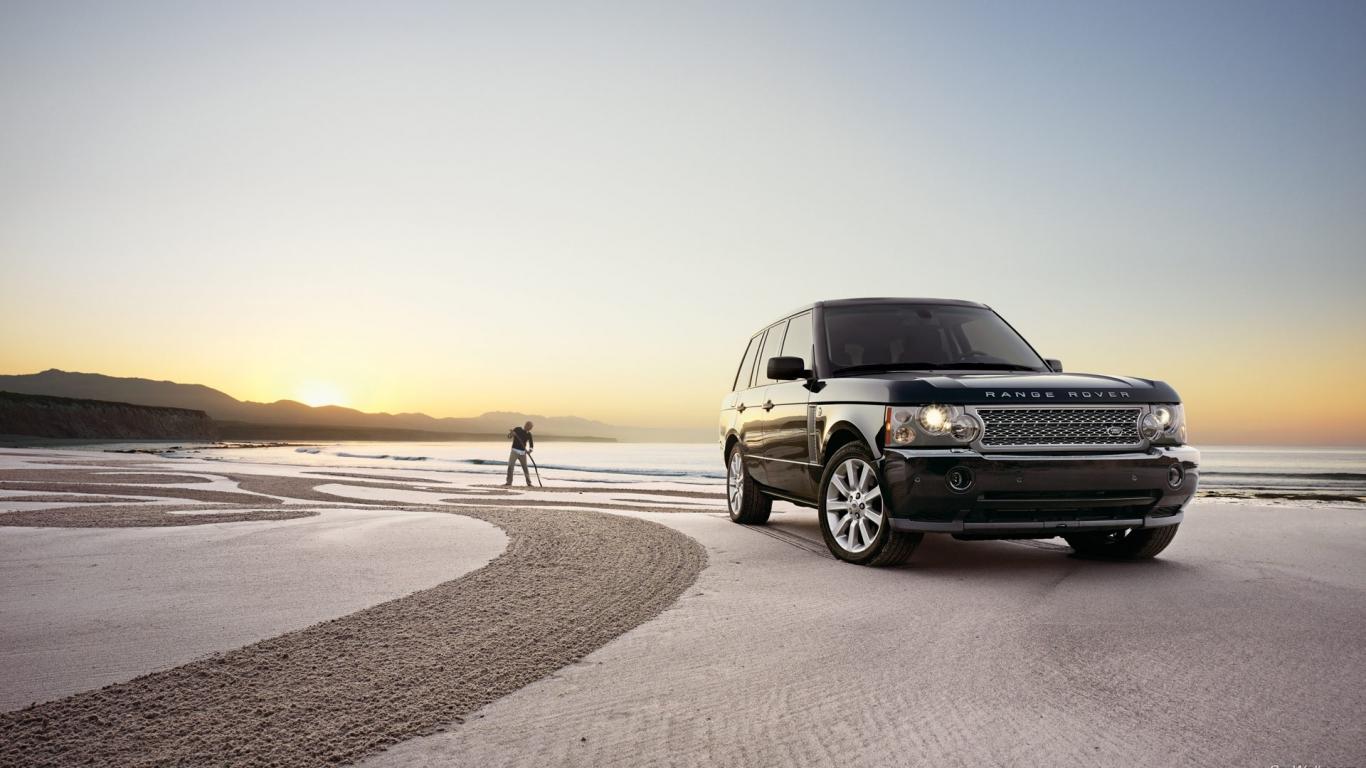 Range Rover - 1366x768