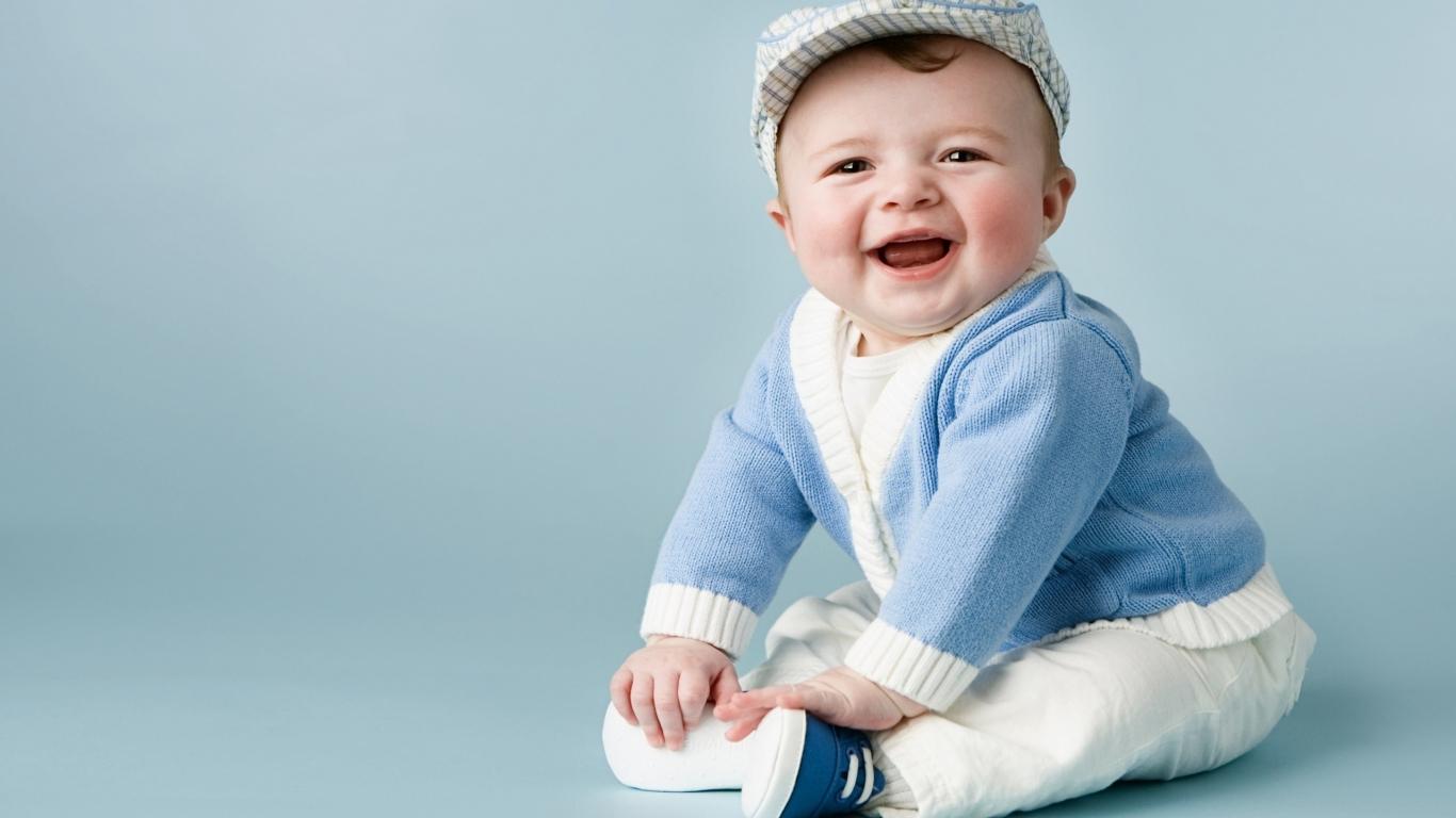 Ropa de bebe - 1366x768
