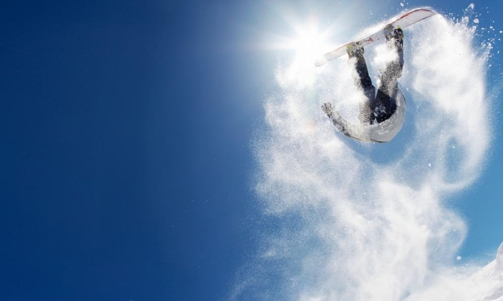 Salto sobre las nieves - 1000x600