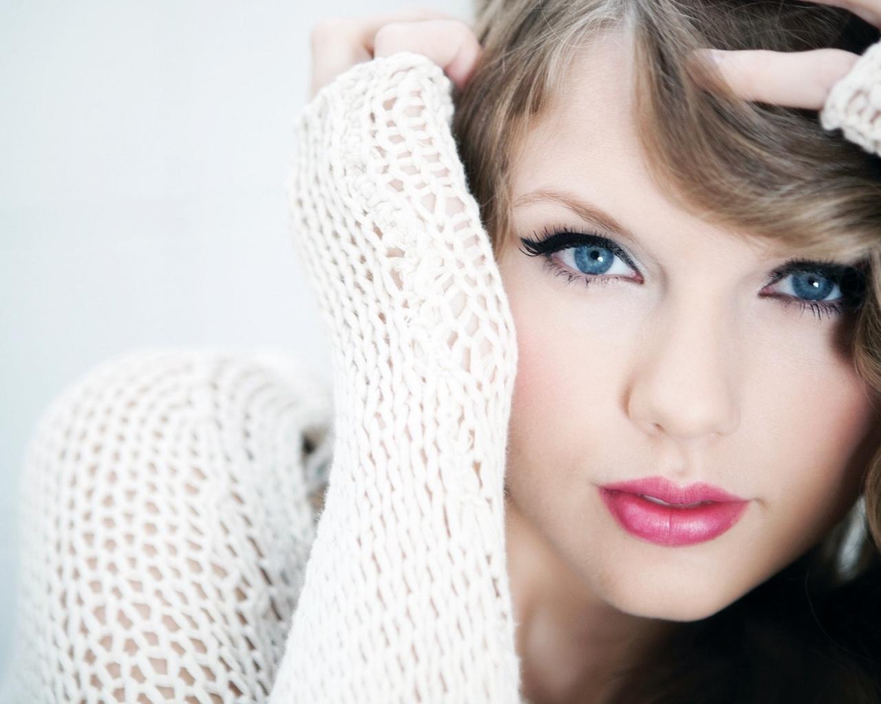 Taylor Swift y sus ojos - 1280x1024