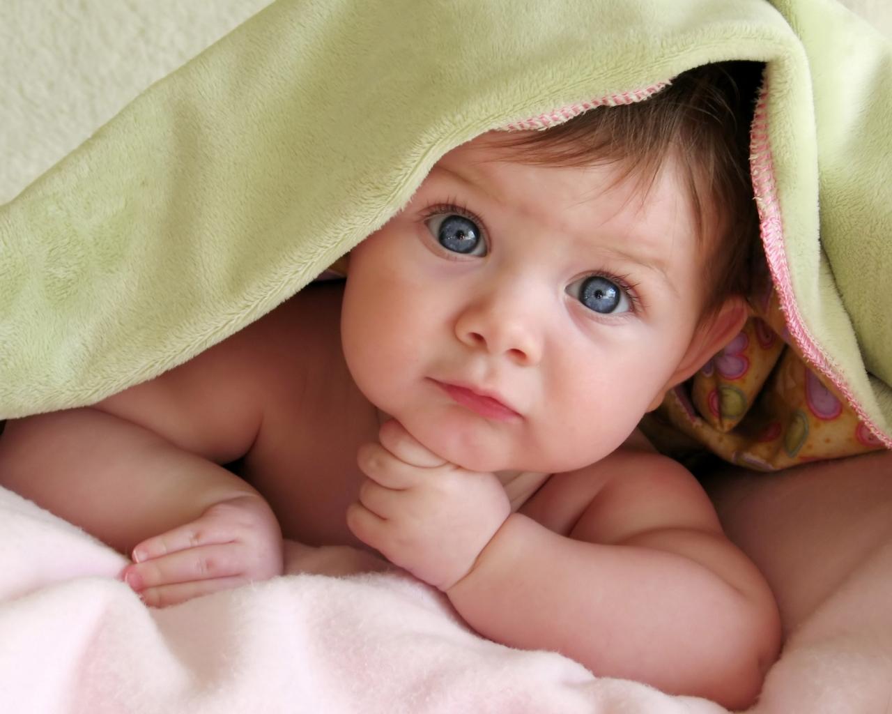 Un lindo bebe - 1280x1024