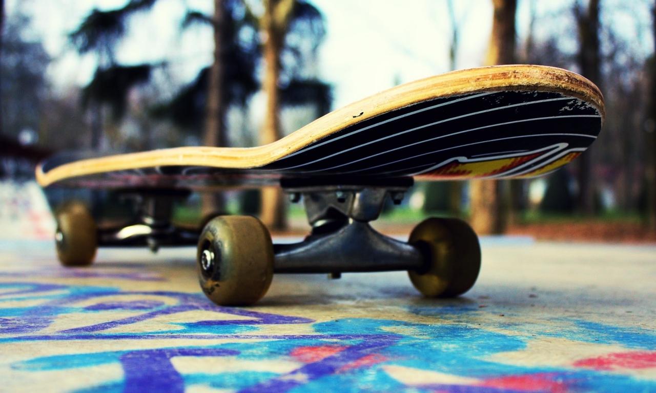 Un skate - 1280x768
