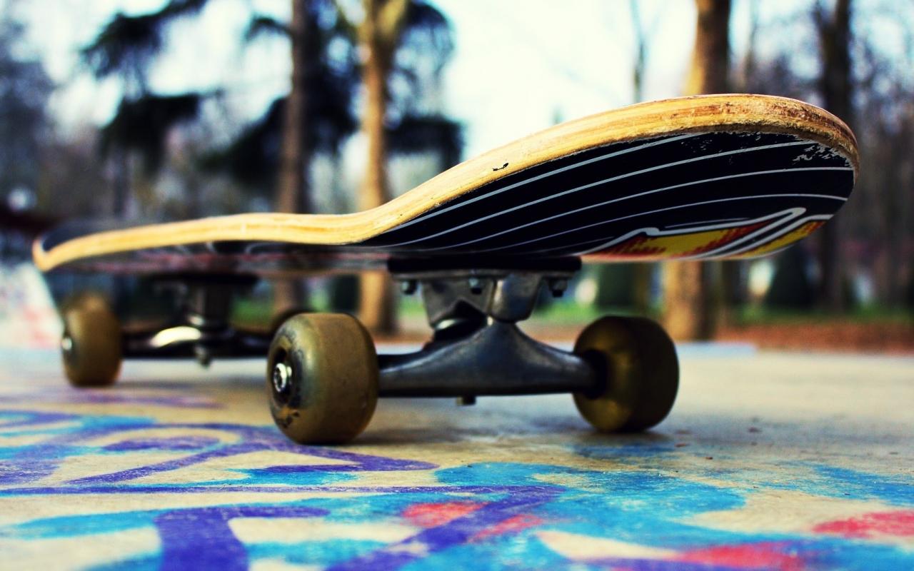 Un skate - 1280x800