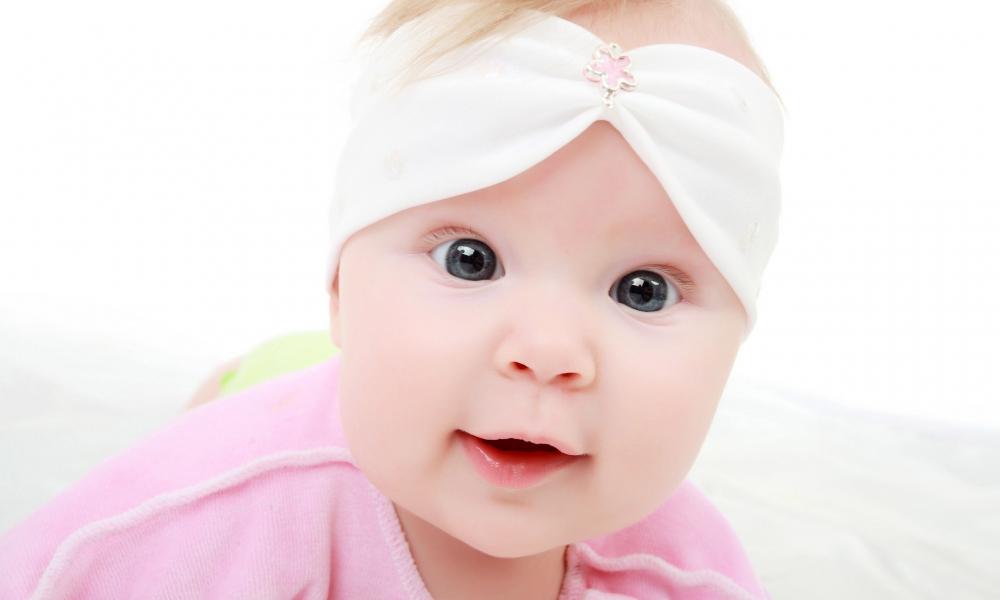 Una hermosa bebe - 1000x600