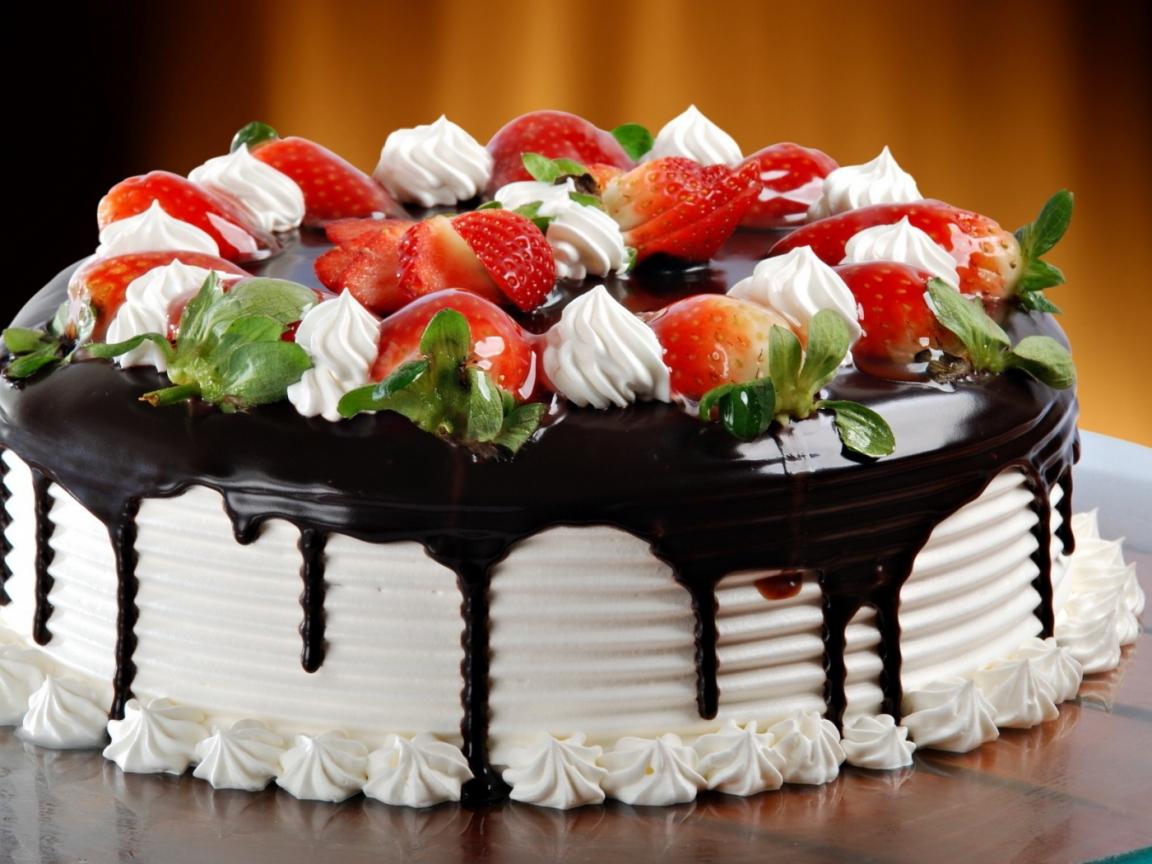 Una torta de fresas - 1152x864