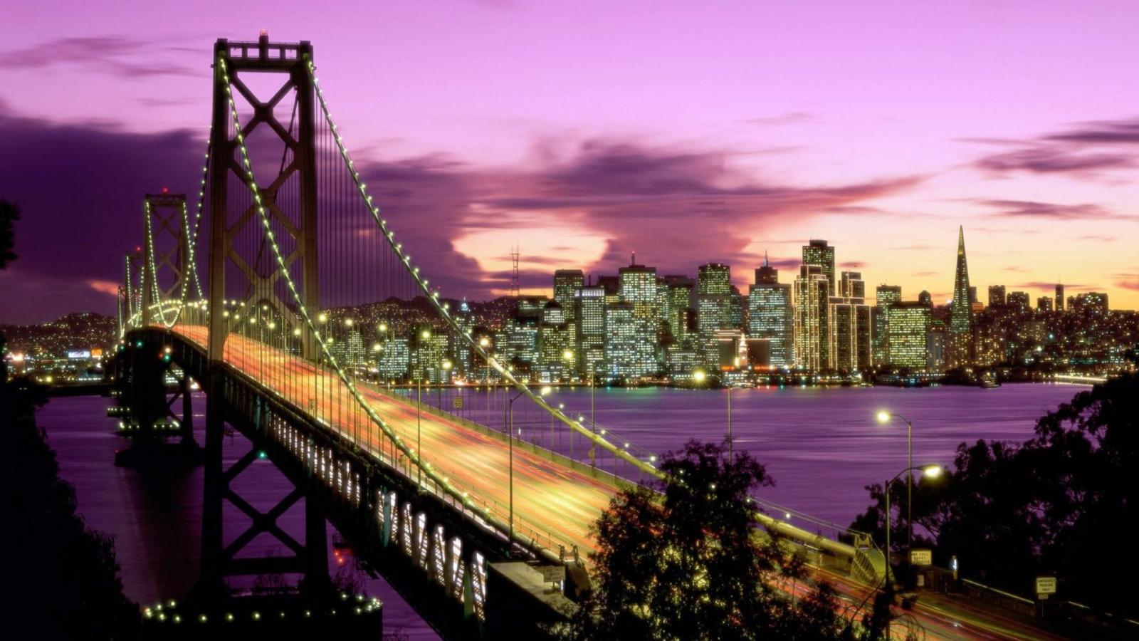 Vista nocturna de ciudad - 1600x900